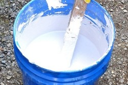 Для приготовления мелового раствора используйте мел и воду в соотношении 0,8 : 1.