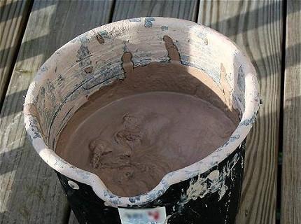 вот как делать раствор из глини чтобы не тресколас привезти все засыпать
