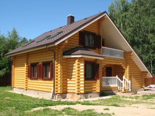 Деревянный загородный дом
