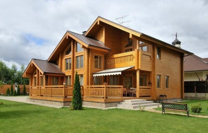 На сегодняшний день большой популярностью пользуются дома из бруса. Для их строительства используется только самый качественный и заранее подготовленный брус.