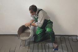 Монтаж теплого пола в бетонную стяжку своими руками.