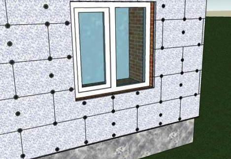 Для того, чтобы сэкономить средства на отопление, необходимо утеплить фасад здания. Для этих целей зачастую применяют пенопласт в силу его низкой теплопроводности и легкости.