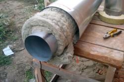 Утепление стального дымохода минеральной ватой